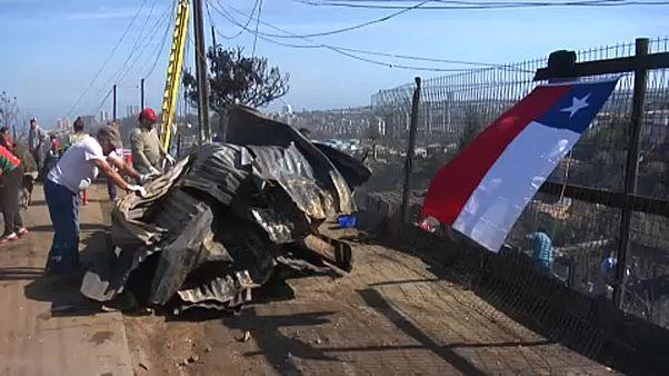 Désolation après l'incendie de Valparaíso au Chili