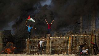 تظاهرات فلسطینیان در مرز نوار غزه با اسرائیل به مدت ۳ ماه تعلیق شد