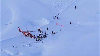 Sechs Skiläufer überleben Lawinenabgang in Andermatt