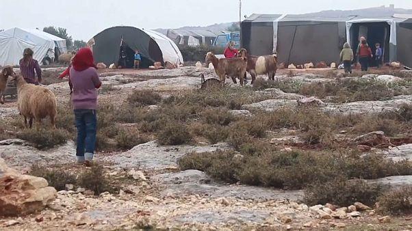 مخيم للنازحين السوريين بمدينة سرمدا في محافظة إدلب شمال غرب سوريا-26/12/2019