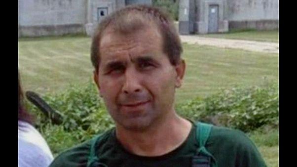 La foto diffusa dalla polizia serba del maniaco seriale