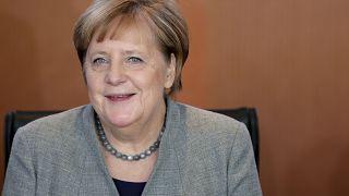 'İdlib'den başlayan göçmen akınından endişelenen Merkel Türkiye'ye gidecek'