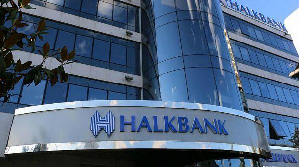 ABD'de İran yaptırımlarını delmekle suçlanan Halk Banka'sının davası ertelendi