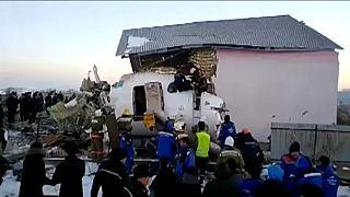 Kazah légi baleset: az elnök szigorú vizsgálatot ígér