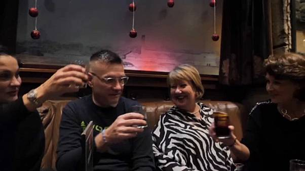 Drágul a whisky – egy front a vámháborúban