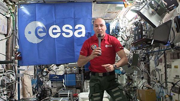 گزارشهای یورونیوز از فضا؛ تلاش برای فهم تغییر ژنتیکی در فضا