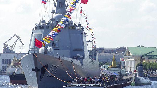 Kínával és Oroszországgal együtt gyakorlatozik az iráni haditengerészet