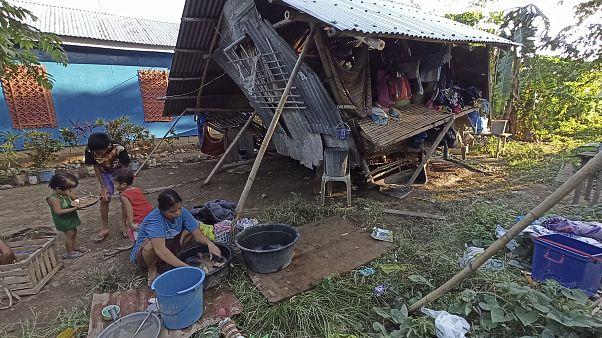 أثار أعصار الفلبين
