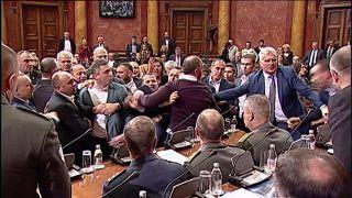 Bunyó a parlamentben