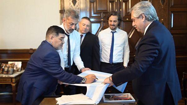 Football legend Maradona meets Argentina`'s new president
