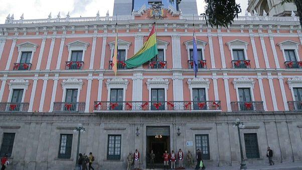 Bolivia envía nota de protesta a España tras incidente en la sede diplomática de México en La Paz