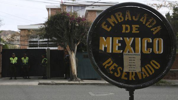 Bolivia da 72 horas a diplomáticos mexicanos y españoles para salir del país tras polémica