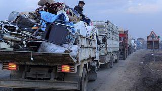 BM: İdlib'de 2 haftada 235 bin sivil yerlerinden edildi