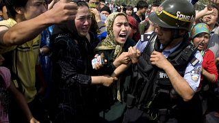 أخبار مضللة حول مسلمي الإيغور في وسائل التواصل الاجتماعي