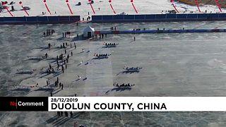 مسابقهٔ قایقرانی روی یخ در چین