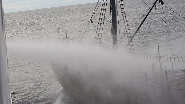 یک قایق ماهیگری کرهٔ شمالی در آبهای ژاپن