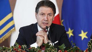 """إيطاليا: رئيس الوزراء يعلن """"فترة ماراتونية"""" لحكومته رغم غالبية بدأت تتصدع"""