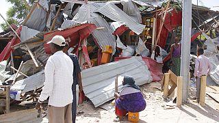Emelkedik a szombati szomáliai merénylet áldozatainak száma