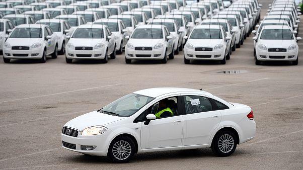 Yerli otomobilini görücüye çıkaran Türkiye'de halkın yüzde 39'unun araç almaya imkanı yok.
