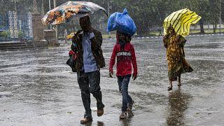 Bangladeş'te hava sıcaklığı 4,5 dereceye düştü 50 kişi hayatını kaybetti