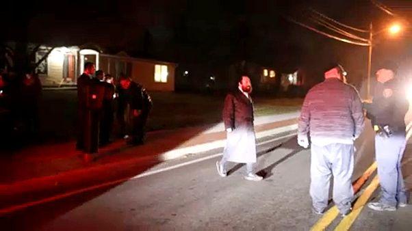 Őrizetben a rabbira támadó késes férfi