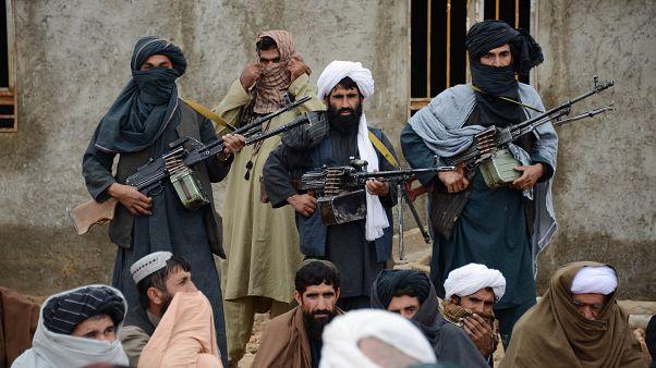 Taliban savaşçıları (arşiv)