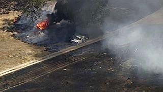 Avustralya'da yangınlar nedeniyle on binlerce kişi evlerinden tahliye edildi