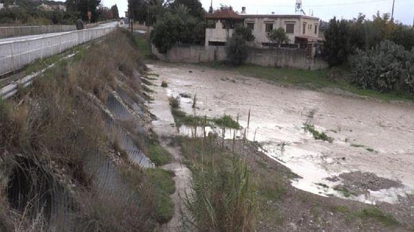 Προβλήματα από την κακοκαιρία σε όλη την Κύπρο