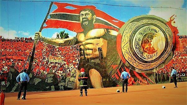 """جمهور الوداد المغربي يتفوق على الجماهير الأوروبية ويتصدر قائمة أفضل """"ألتراس"""" في العالم"""