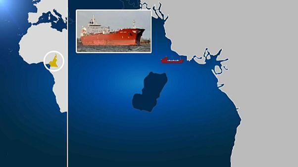 Tripulação de petroleiro grego sequestrada nos Camarões