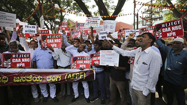 جانب من المظاهرات الرافضة لقانون الجنسية الجديد في الهند، بنغالور 30 ديسمبر 2019