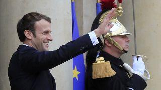 Γαλλία: 27η ημέρα απεργίας, εν αναμονή της πρωτοχρονιάτικης ομιλίας του Μακρόν