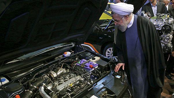 سایه تحریم بر صنعت ایران؛ افت ۵۰ درصدی ساخت خودرو و کاهش ۲۰ درصدی تولید دارو