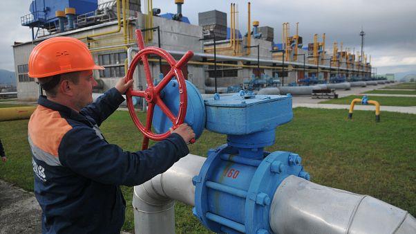 La Russie et l'Ukraine évitent une nouvelle guerre du gaz, les vannes vers l'Europe restent ouvertes
