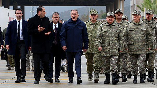 Savunma Bakanı Hulusi Akar: Suriye'deki gözlem noktaları boşaltılmayacak
