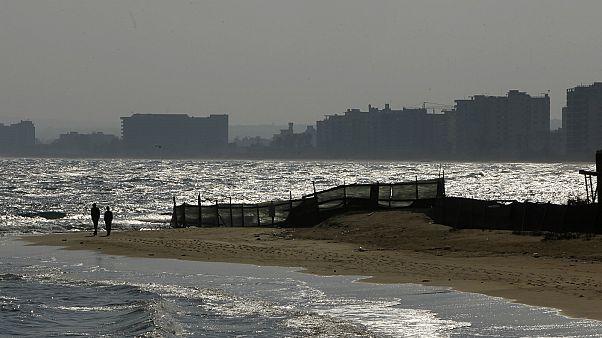 أحد شواطئ قبرص