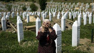 Bosna eski Sırp generali Srebrenitsa Katliamına katılmakla suçladı