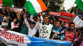Estudiantes se manifiestan contra la Ley de Ciudadanía en Calcuta, India, el 30 de diciembre de 2019.