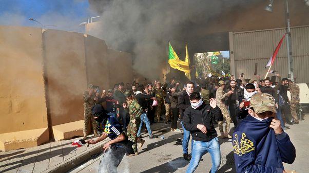 Bejutottak a bagdadi amerikai nagykövetségre síita milicisták