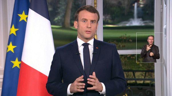 پیام ماکرون پس از ۲۷ روز اعتصاب در فرانسه: طرح بازنشستگی اجرا خواهد شد