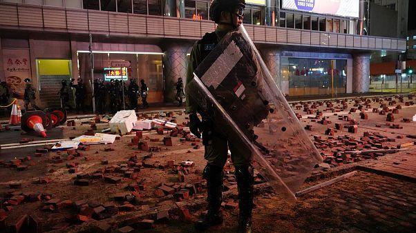 Manifestation sous tension à Hong Kong
