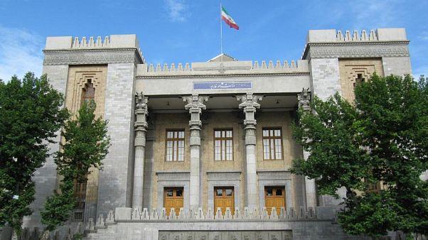ایران کاردار سوئیس را در ارتباط با «اظهارات جنگ طلبانه مقامات آمریکا» به وزارت خارجه احضار کرد