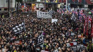 چهارصد نفر در راهپیمایی میلیونی سال نو در هنگ کنگ بازداشت شدند