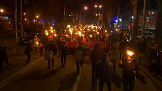Watch: Ukrainian nationalists hold torchlit parade in Kyiv