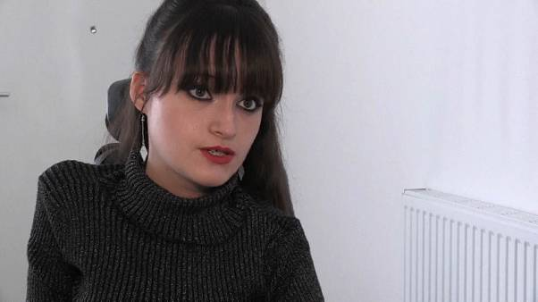 Elodie, étudiante à Sciences Po, raconte son quotidien en fauteuil roulant à Paris