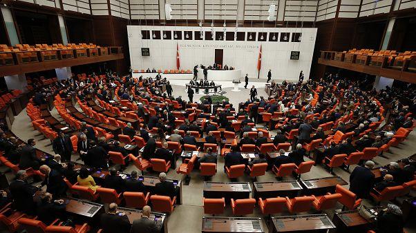 TBMM Genel Kurulu, Libya'ya asker gönderilmesine ilişkin Cumhurbaşkanlığı tezkeresini görüşmek üzere toplandı