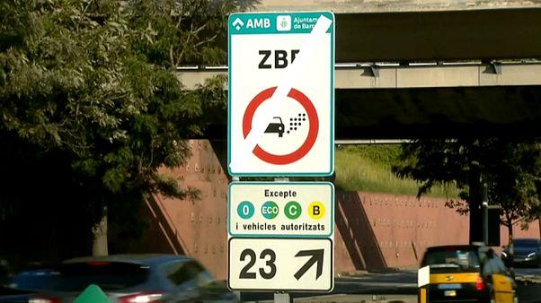 Los vehículos más contaminantes ya no pueden entrar en Barcelona