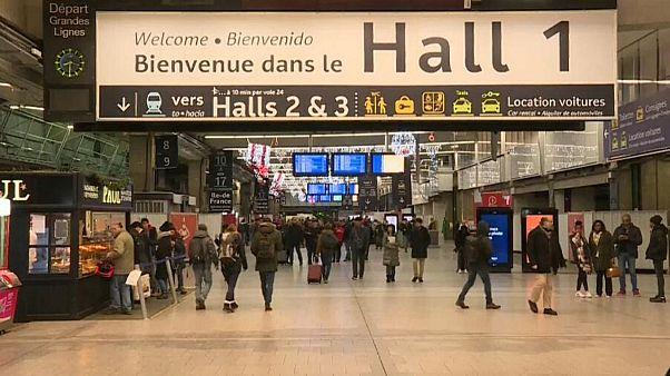 رکورد طولانیترین اعتصاب سراسری در فرانسه شکسته شد