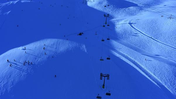 Skifahrer stoßen in St. Moritz zusammen: 57-jähriger Deutscher tot