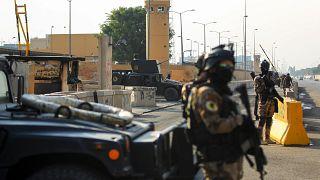 شاهد: القوات العراقية الخاصة تؤمن السفارة الأميركية في بغداد